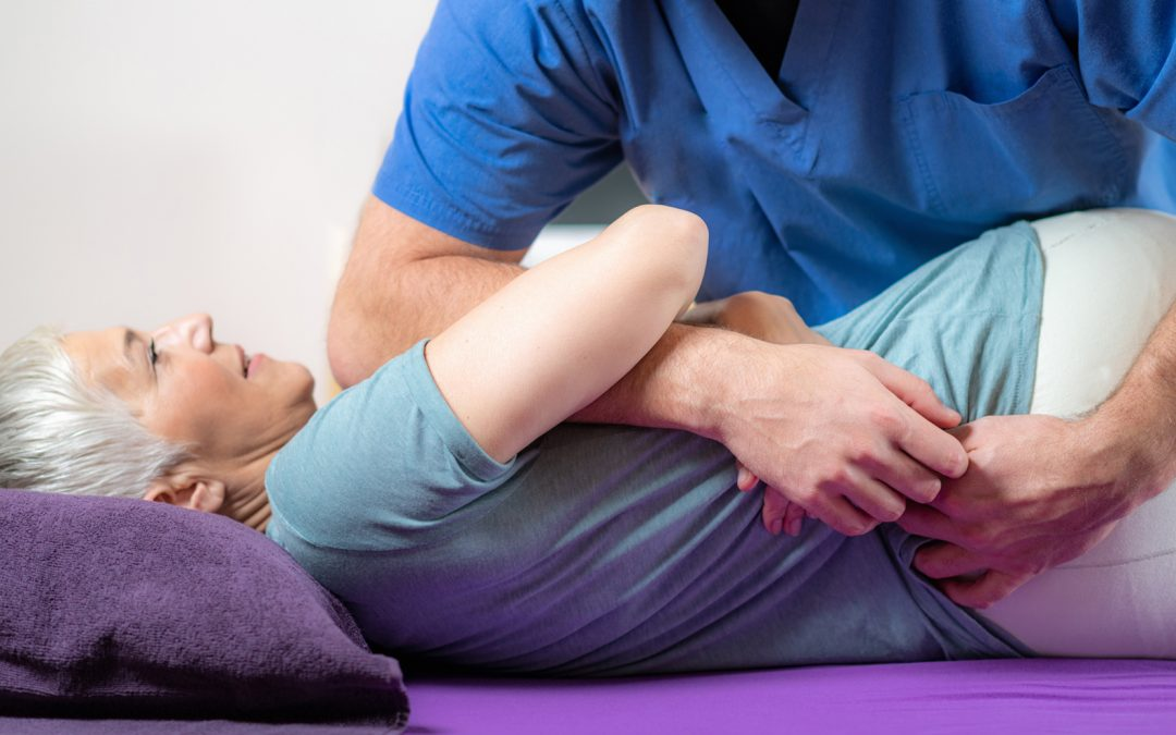 Chiropractors, physiotherapists and osteopaths- Who's best to help me with my pain?  What's the difference?